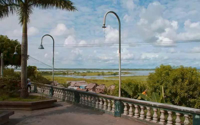 (Español) Malecón de Iquitos: el mejor punto de partida para conocer la Isla Bonita.