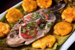 Patarashca de Paiche: Comida selvática